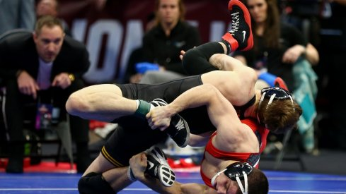 Spencer Lee ended up pinning Tomasello from this position LOL