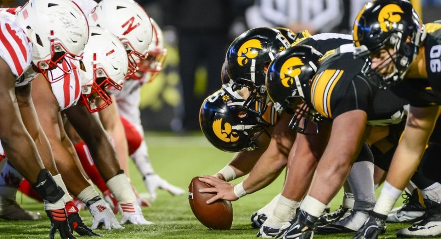 Iowa Offensive Line Wins Joe Moore Award For Most Outstanding