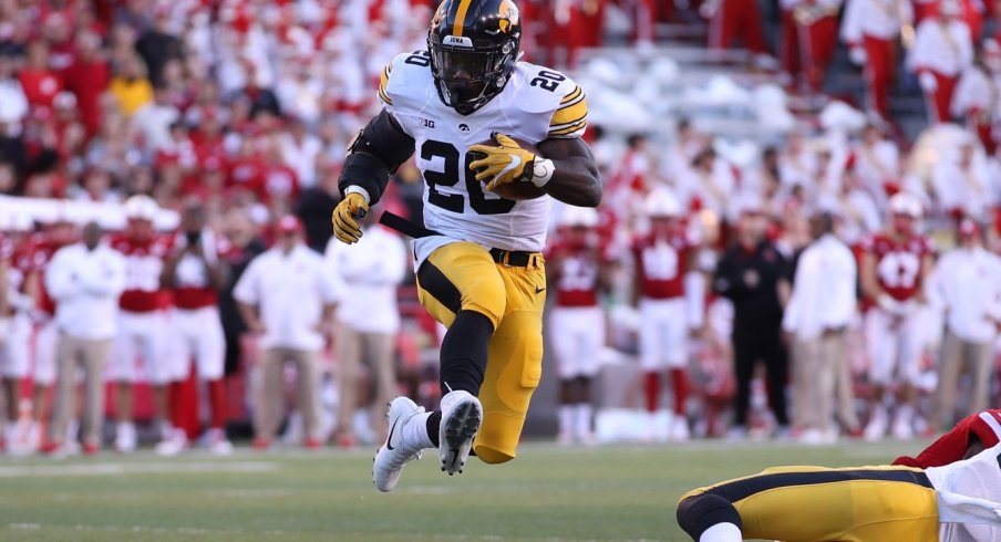 Akrum Wadley flies again!